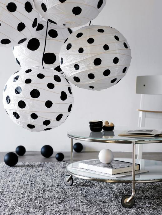 20 id es pour relooker des boules de papier chinoises ou japonaises id e cr ativeid e cr ative. Black Bedroom Furniture Sets. Home Design Ideas